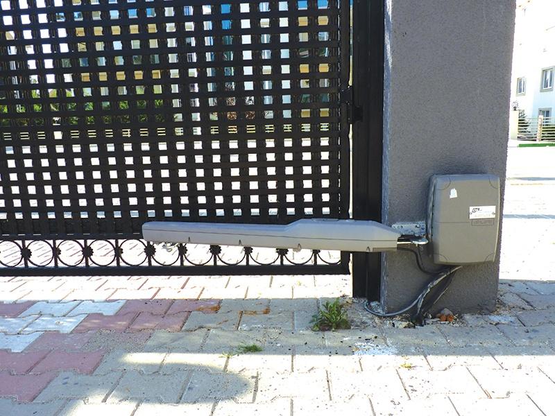 Bahçe Kapısı Otomasyonu